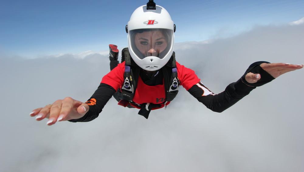 Skok spadochronowy z instruktorem w Jeleniej Górze
